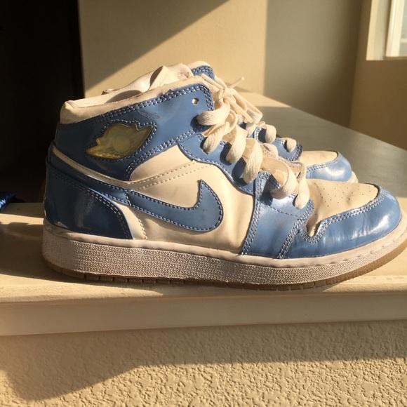 huge discount aaf47 c2398 Glossy baby blue and white Jordan 1s
